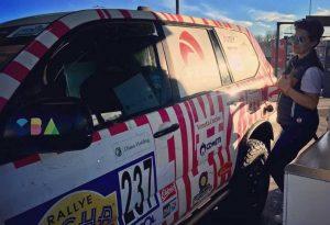 FEC est ravi de sponsoriser l'équipage «les Singulières» pour le rallye Aicha des Gazelles 2018